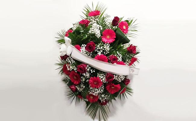 cuscino-gerbere-e-rose-rosse.jpg
